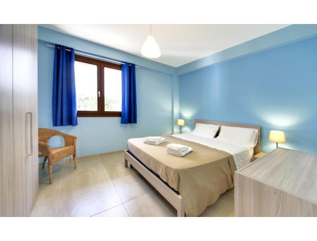 Appartamenti nuovi e ben arredati a punta secca casa for Foto di appartamenti arredati
