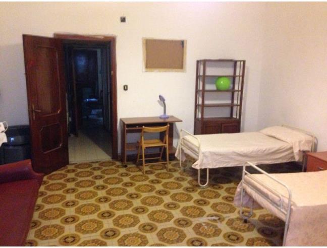Anteprima foto 2 - Affitto Camera Doppia in Appartamento da Privato a Napoli - San Lorenzo