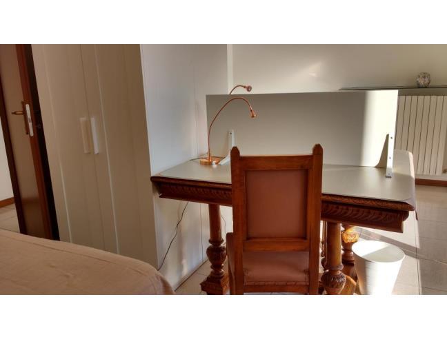 Anteprima foto 5 - Affitto Camera Posto letto in Appartamento da Privato a Bergamo - Borgo Palazzo