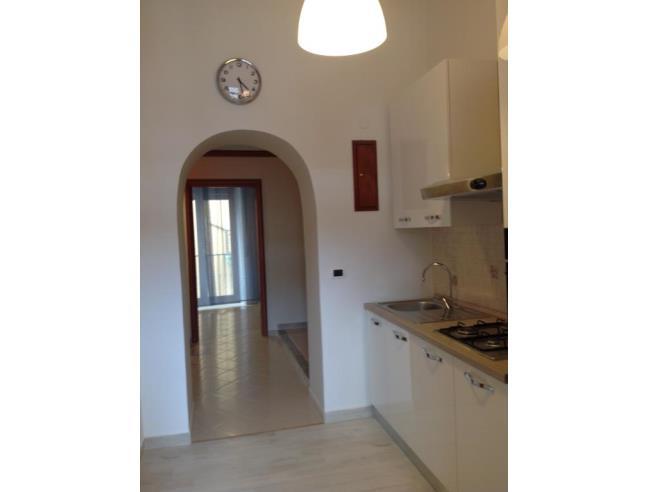 Anteprima foto 2 - Affitto Stanza Doppia in Appartamento da Privato a Napoli - Corso Umberto