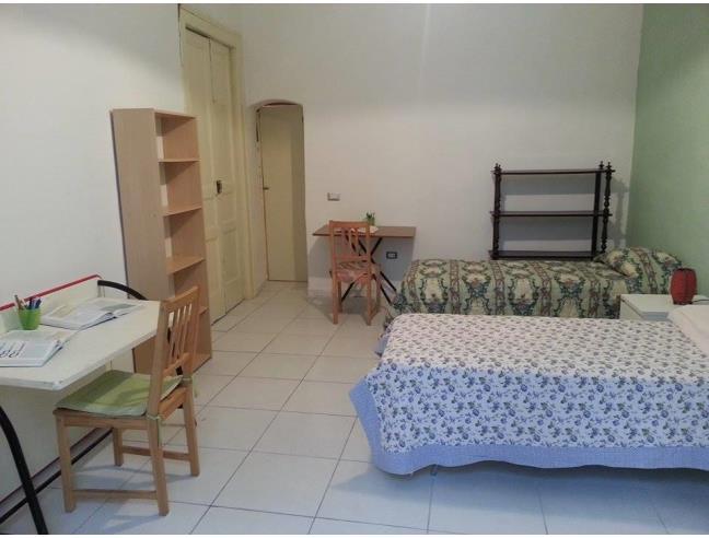 Anteprima foto 2 - Affitto Stanza Doppia in Appartamento da Privato a Napoli - Mercato