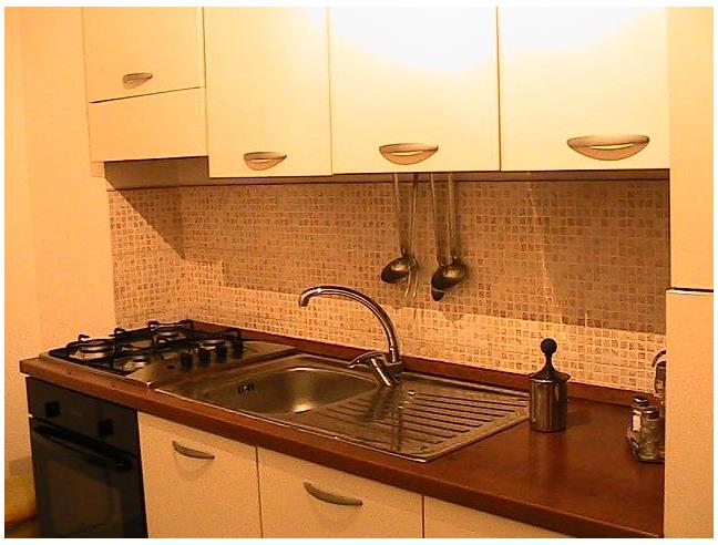 Anteprima foto 3 - Affitto Stanza Posto letto in Appartamento da Privato a Bari - Poggiofranco