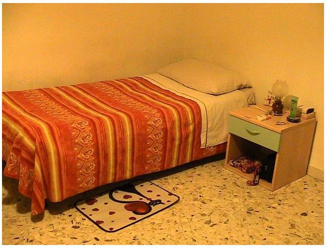 Anteprima foto 5 - Affitto Stanza Posto letto in Appartamento da Privato a Bari - Poggiofranco