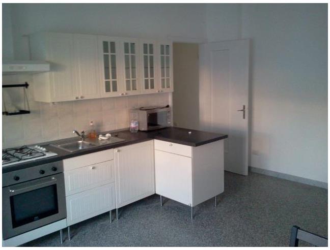 Anteprima foto 3 - Affitto Stanza Singola in Appartamento da Privato a Bari - Poggiofranco