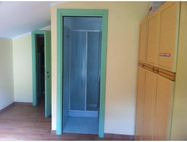 Avezza camera singola con bagno all'interno luminosa e nuova ...