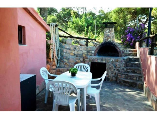 Villa in riva al mare porto pino casa vacanza a sant - La valigia sul letto iglesias ...