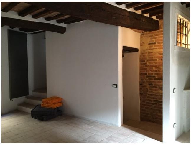 Appartamento in centro storico affitto appartamento da for Affitto ufficio monterotondo