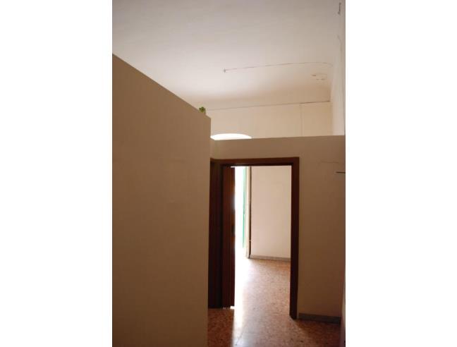 Soffitti Alti 4 Metri : Bilocale soppalcabile con soffitti alti metri vendita