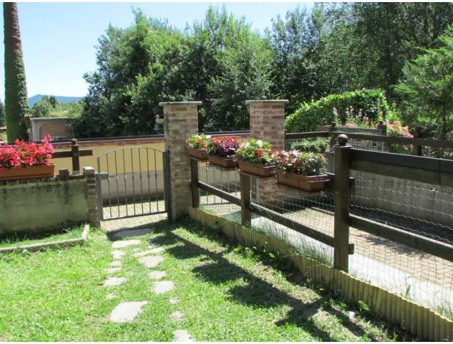 Splendido appartamento con 2 giardini privati vendita for Case in vendita a budoni da privati