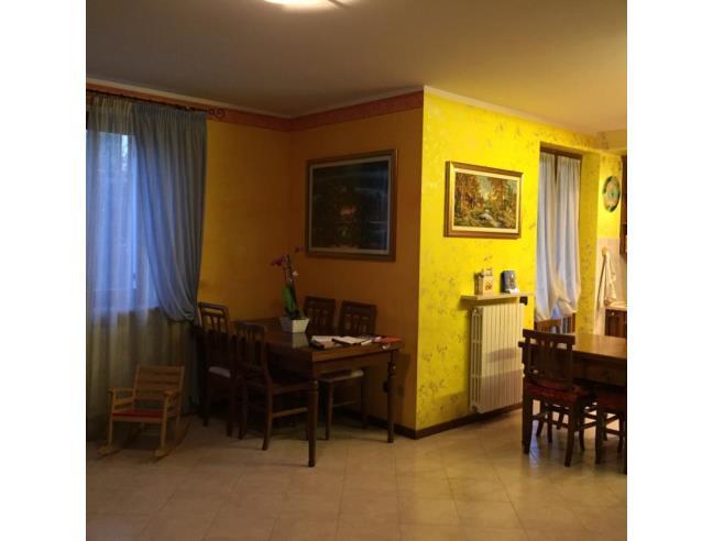 Casa da vivere vendita appartamento da privato a for Case in vendita peschiera del garda