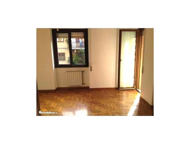 Appartamento nuovo salario via montaione 38 vendita for Arredo casa montaione