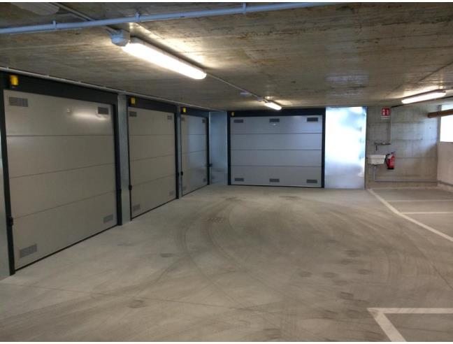 Anteprima foto 1 - Box/Garage/Posto auto in Vendita a Trieste - Centro città