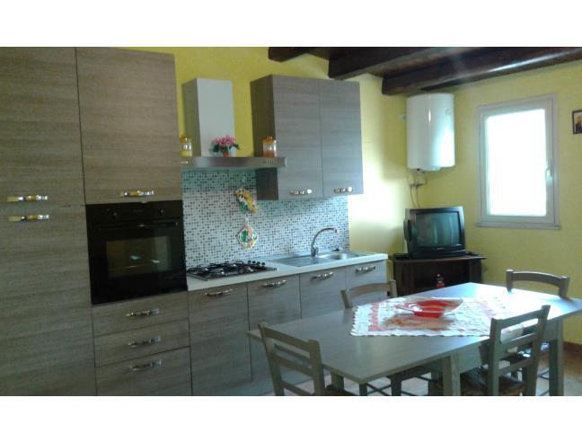 Anteprima foto 1 - Casa indipendente in Affitto a Valguarnera Caropepe (Enna)