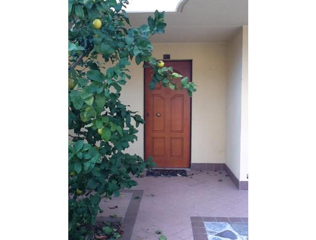 Bellissima villa a 3 piani in zona tranquillissima for 3 piani casa 3 bagni