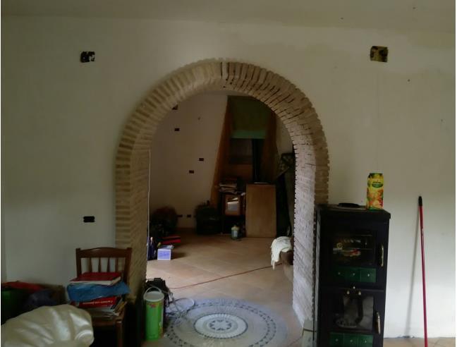 Anteprima foto 2 - Casa indipendente in Vendita a Fiuminata - Frazione Pontile Alto