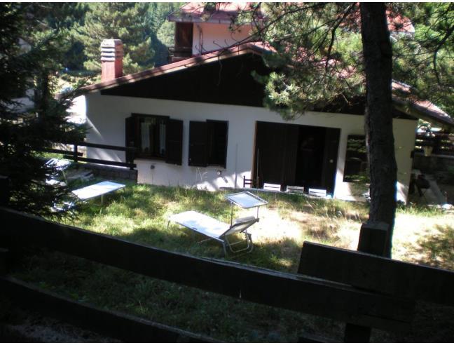 Casa in montagna 1400 m slm vendita casa indipendente for Casa con 6 camere da letto in vendita vicino a me