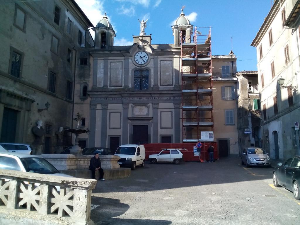 Grazioso appartamento nel centro storico di bassano romano for Vendita appartamenti centro storico roma