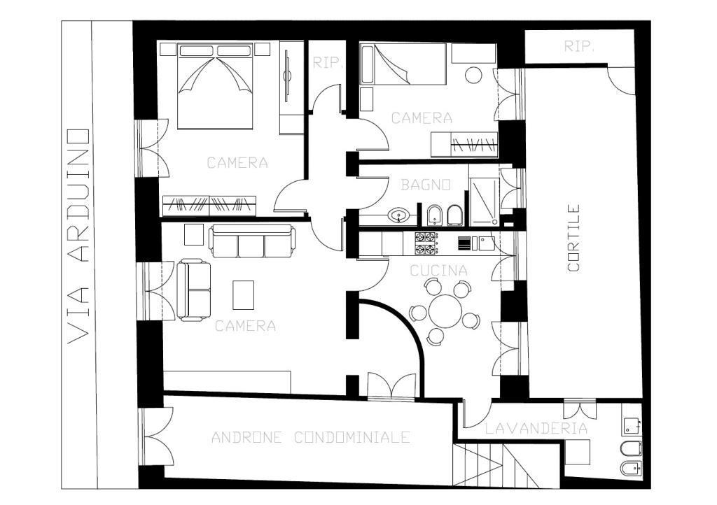 Zona ognina picanello appartamento al piano terra for Piani di casa porte cochere