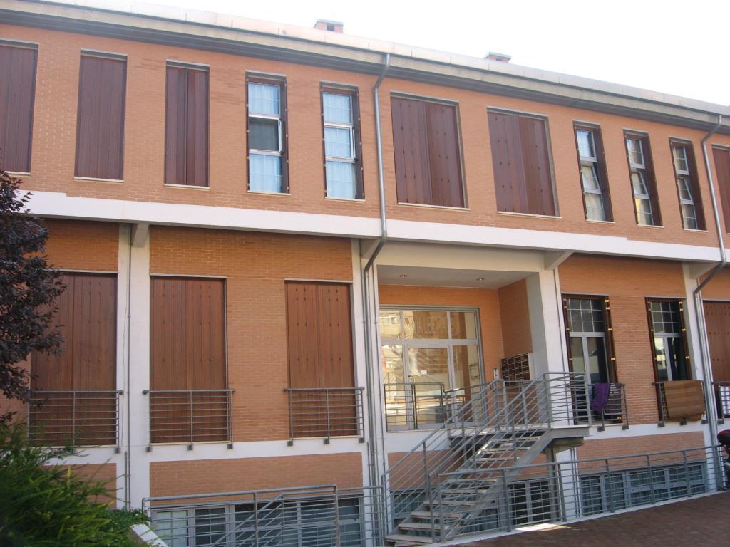 Ostiense garbatella loft mansardato 2 livelli for Garage con il costo dell appartamento loft