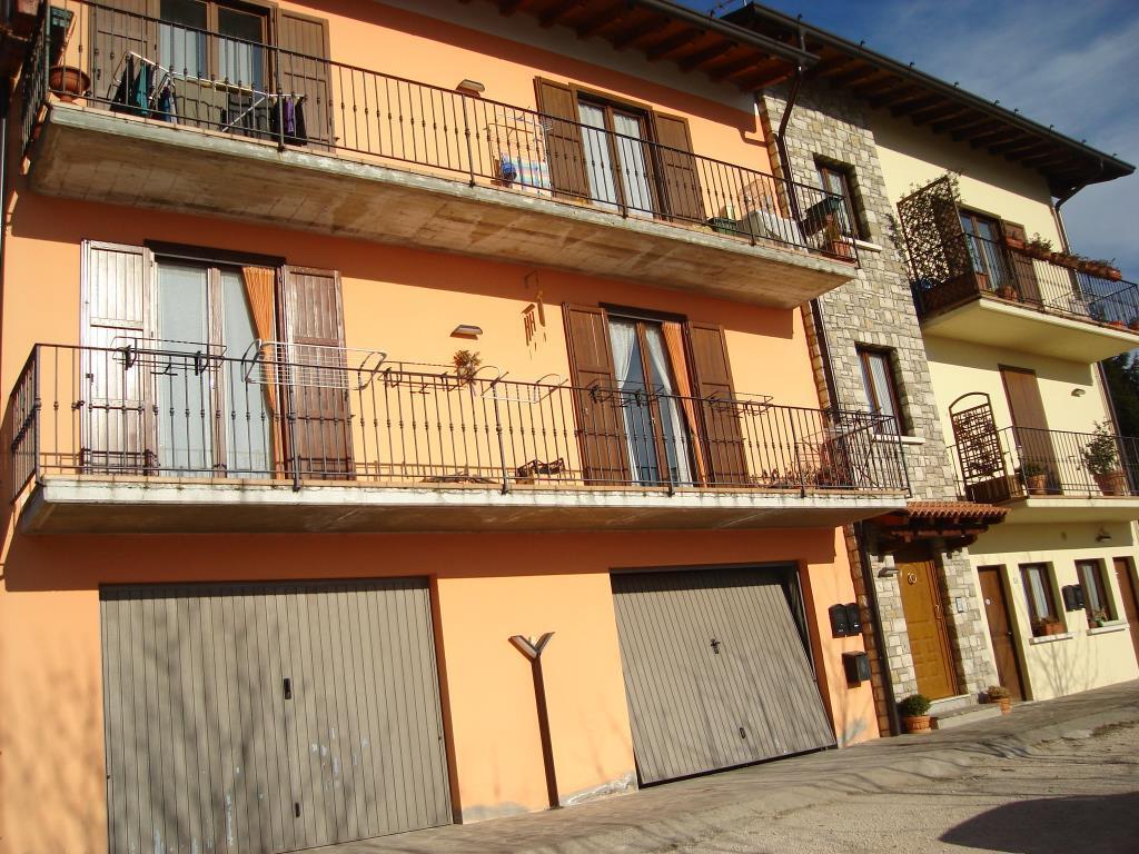 Quadrilocale con giardino vendita appartamento da for Garage con il costo dell appartamento loft