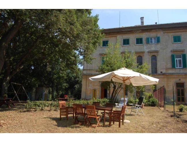 Camera singola in villa del 1800 a livorno affitto for Case livorno affitto