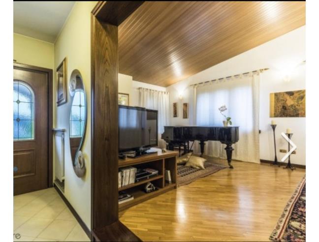 Bellissima Casa Con Piscina Giardino Gadzebo Vendita Villa Da Privato A Concordia Sagittaria Cavanella 112228